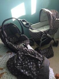 Mumas and papas pram, car seat and pushchair set