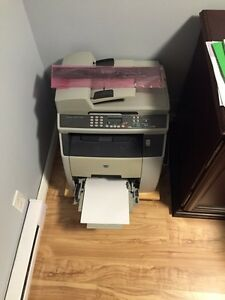 HP Color LaserJet 2820 All-in-One Printer, Copier, Scanner