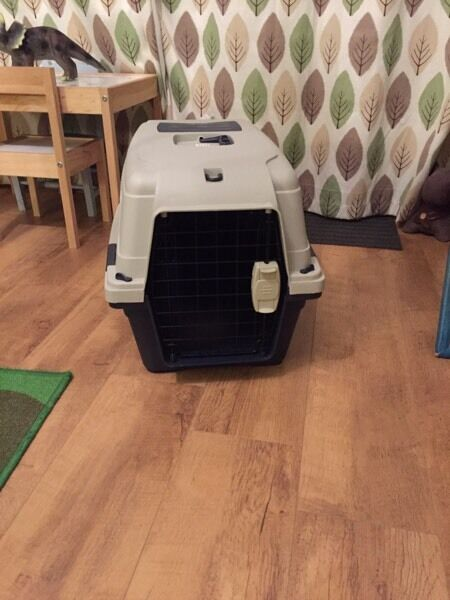Very large pet carrier