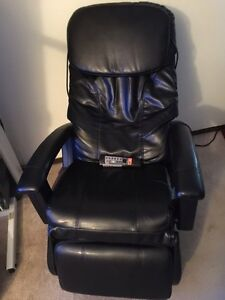 Massage chairs kijiji free classifieds in edmonton find a job buy a car find a house or - Massage chairs edmonton ...