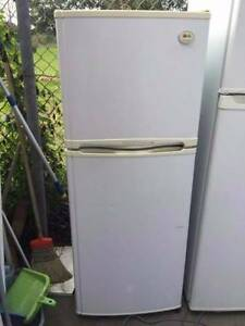 tiny great owrking 215 liter LG fridge , can delivery at extra fe Box Hill North Whitehorse Area Preview