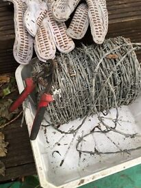 Barbe wire set for sale