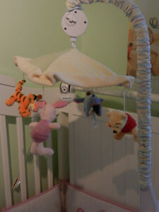 Winnie the Pooh (and friends) Musical Mobile for a Crib wow Cambridge Kitchener Area image 5