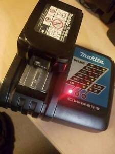 Makita fast charger and 5ah battery Centennial Park Eastern Suburbs Preview