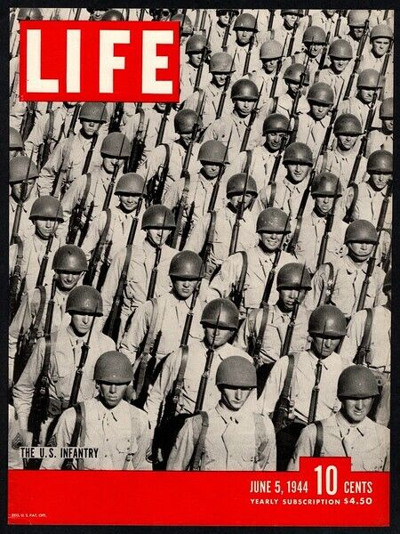 1944 WWII U.S. Infantry Soldiers VINTAGE LIFE MAGAZINE **COVER ONLY**