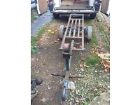 Car towing dolly with ramps