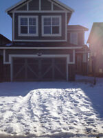Gorgeous Airdrie Estate Home for rent