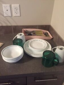 Cutlery and dish set