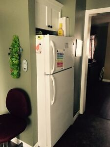 Female roommate needed asap/no damage deposit  required