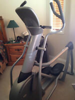 VISION FITNESS S7100 ELLIPTICAL TRAINER