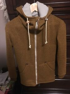 NWT burton minxy sweater  Cambridge Kitchener Area image 2