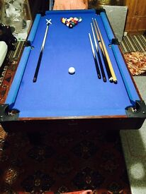 LARGE POOL AND TABLE TENNIS TABLE COMPLETE IN EXCELLENT CONDITION QUICK SALE