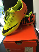 Nike Soccer Shoes Size 6Y