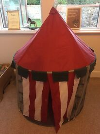 Boys play tent toys fort