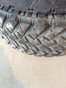 37x12.5/20r Nitto Trail Grapplers