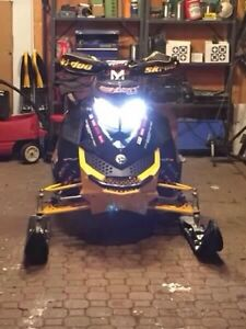 Skidoo MXZ XRS 600, trade for vehicle