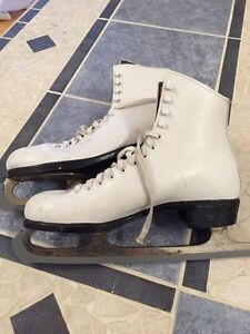 Patins à glace - taille 9