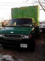 2000 Ford E-350 cubevan