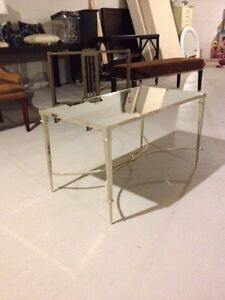 Avenue Design mirrored coffee table