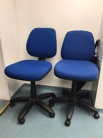 Selling pair off 10 desk chairs