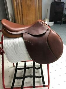 18 inch Griffith XW English Saddle Excellent Condition