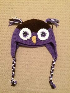 Knitted Owl hat London Ontario image 1