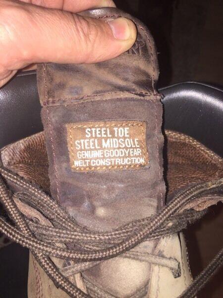 Buckler steel toe cap boots