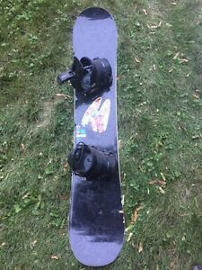 Women's Burton snowboard with bindings Kitchener / Waterloo Kitchener Area image 1