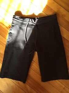Lululemon Shorts Like New!