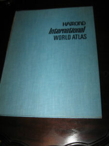 '70's HARD-COVER EDITION of HAMMOND INTERNATIONAL WORLD ATLAS Wa