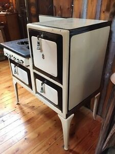 Moffat gas stove and oven  Cambridge Kitchener Area image 4