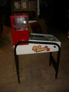 $350.00 Sportsblaster Gumball Vending Machine (Sask) Regina Regina Area image 4