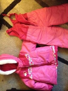 Girl's Carter's snow suit 3T. AVAILABLE