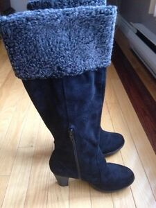 Woman's winter boots St. John's Newfoundland image 2