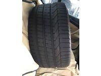 285 30 19 Pirelli tyre