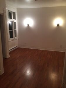 PLATEAU, , 2 BDR, appliances , $975, avail.NOW