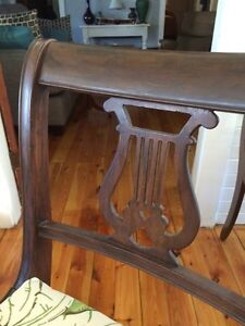 Antique Dining table and five chairs Sarnia Sarnia Area image 7