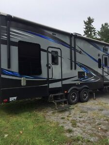 2016 keystone Fuzion 325 toy hauler  Kingston Kingston Area image 4