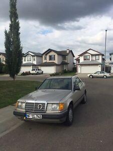 1987 W124 Mercedes Benz 250D