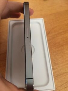 iPhone 5s space gray Stratford Kitchener Area image 4