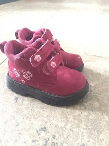 Little girl shoes and boots. Sizes 6,7,8 Kitchener / Waterloo Kitchener Area image 1