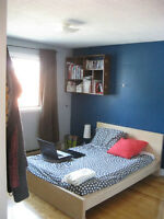 Belle Grand Chambre a Louer / Nice Big Room for Rent