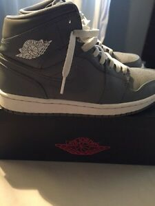 AIR JORDAN 1 COOL GREY SIZE 8