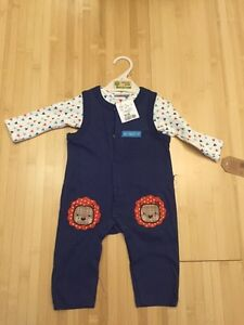 New with tags chick pea 2 piece set