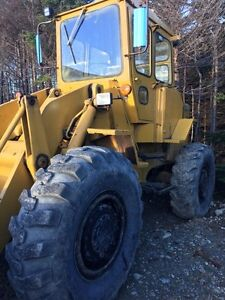 1971 CAT 930 loader. Price reduced!
