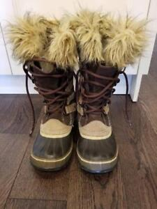Excellent cond Sorel waterproof Joan of Arctic boots size 6/6.5