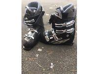 Men ski boots size 9