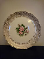 "10"" Georgian China Tudor Rose dinner plate with 22KT gold $25"
