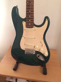 Squier Standard Stratocaster with Amp, Case and accessories