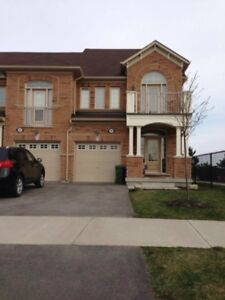 Room FOR RENT in Waterdown available February 1st